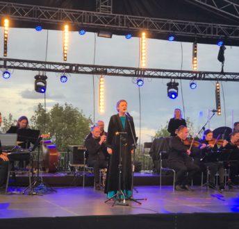 V Koncert Niepodległości Westerplatte. Śpiewa Ola Turkiewicz