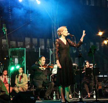 Koncert Niepodległości. Śpiewa Ola Turkiewicz