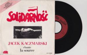 """Płyta z utworem """"Źródło"""" Jacka Kaczmarskiego."""